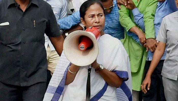 पश्चिम बंगालमध्ये लष्कर तैनात, ममता बॅनर्जी भडकल्या