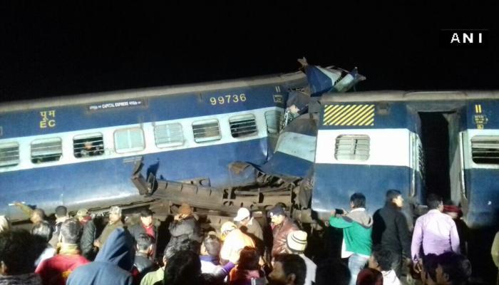 बंगालमध्ये रेल्वे रुळावरून घसरली