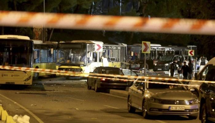 इस्तंबूलच्या फूटबॉल स्टेडियमबाहेर बॉम्बस्फोट, 38 जणांचा मृत्यू
