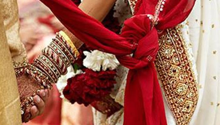 औरंगाबादमधील मुनोद कुटुंबाच मुलीच्या लग्नानिमित्त अनोखं दातृत्व