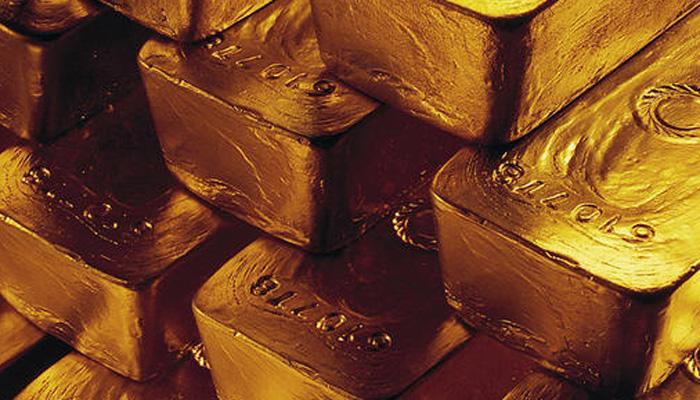बेबी डायपरमध्ये सापडले १६ किलो सोने, दुबईतून आणत होते दाम्पत्य