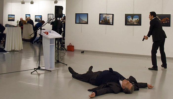 व्हिडिओ : गोळ्या झाडून रशियाच्या राजदुताची हत्या