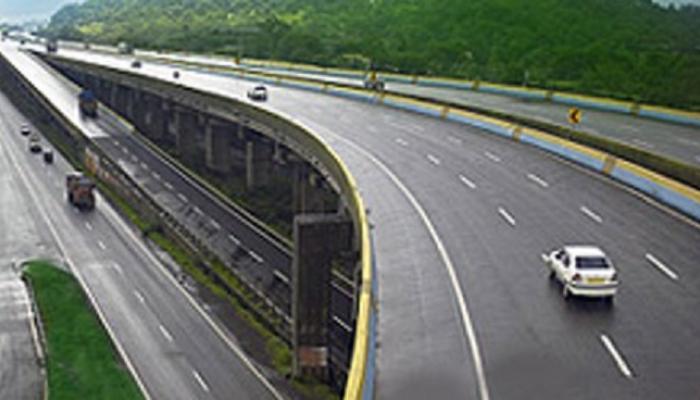 चौपदरीकरण : मुंबई - गोवा राष्ट्रीय महामार्गावर २२ उड्डाणपूल : गडकरी