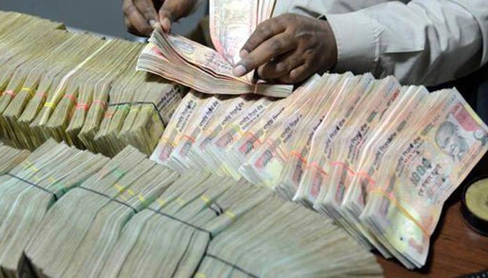 हैदराबादमध्ये कॅब ड्रायव्हरच्या खात्यात आढळले 7 कोटी रुपये