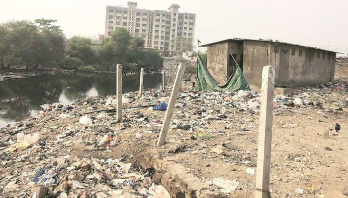 मुंबई हागणदारीमुक्त... महानगरपालिकेचा अजब दावा