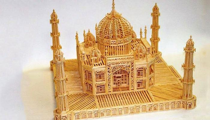 फ्रेंच कैद्याने पत्नीसाठी बनविला ३० हजार माचिस काड्यांनी ताजमहाल