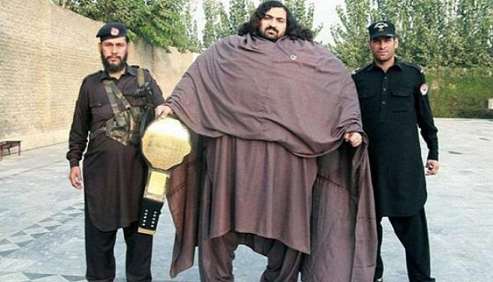 435 किलोच्या पाकिस्तानी हल्कला जायचंय डब्ल्यूडब्ल्यूईमध्ये