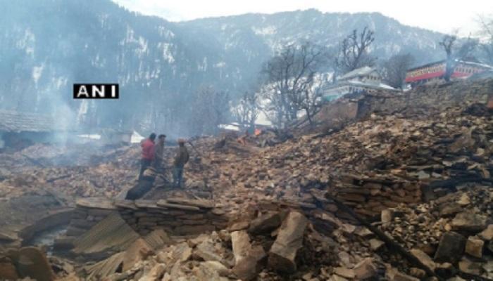 शिमल्यातील तन्नू गावातील आगीत 56 घरे जळून खाक
