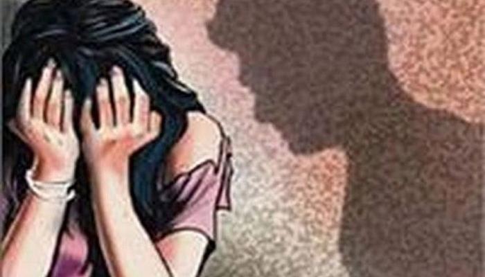 लग्नाचं आमिष दाखवून विद्यार्थीनीवर लैंगिक अत्याचार