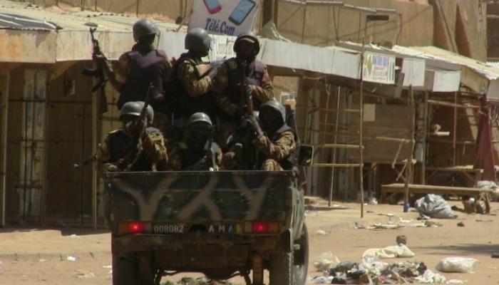 आफ्रिकेत कॅम्पवर झालेल्या आत्मघाती हल्ल्यात 37 जणांचा मृत्यू