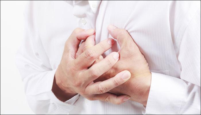 या कारणांमुळे वाढतो हृदयरोगाचा धोका...