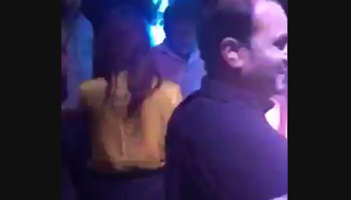'दिल्ली वाली गर्लफ्रेंड'सोबत परवेझ मुशर्रफांचा व्हिडिओ वायरल