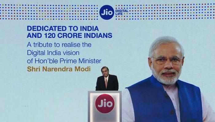 पंतप्रधानांचा फोटोचा जाहिरातीसाठी वापर; जिओ, पेटीएमला नोटीस