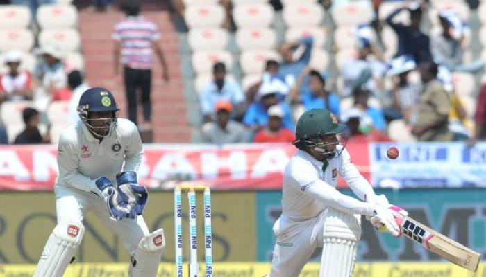 हैदराबाद टेस्ट वाचवण्याचे बांग्लादेशचे शर्थीचे प्रयत्न