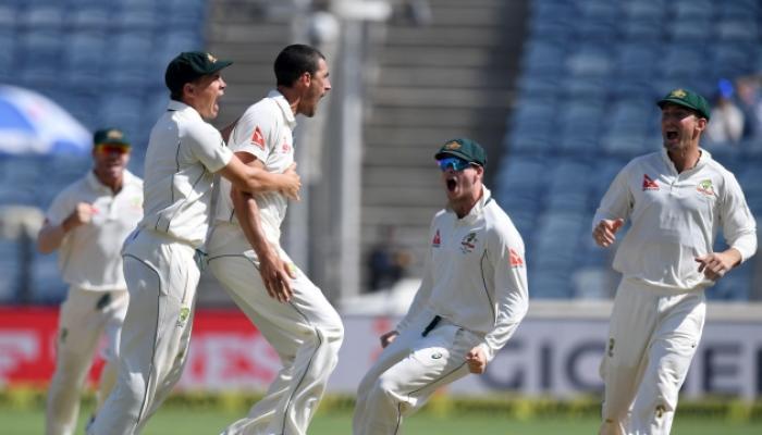 पुणे टेस्टमध्ये एकाच दिवशी 15 विकेट, ऑस्ट्रेलिया मजबूत स्थितीत