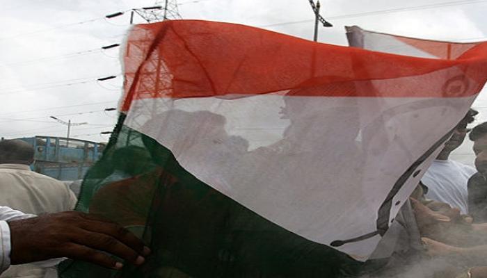 कोल्हापुरात राष्ट्रवादीत गटबाजी उफाळली, मुश्रीफ vs महाडिक