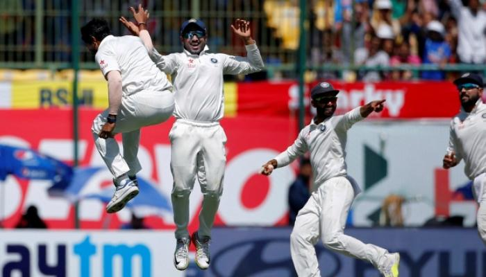 भारत सीरिज जिंकण्याच्या उंबरठ्यावर, विजयासाठी १०६ रन्सची आवश्यकता