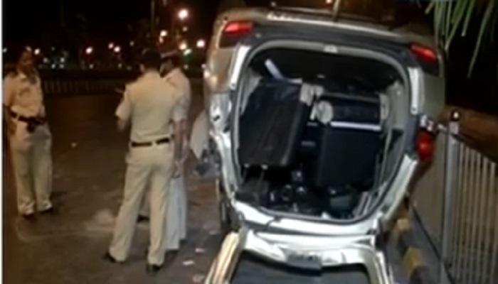 हाजीअलीमध्ये भीषण अपघात, चौघे जण जखमी