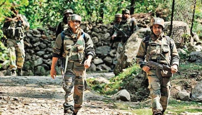 जम्मू-काश्मीरमध्ये लष्कराच्या छावणीवर दहशतवादी हल्ला, तीन जवान शहीद