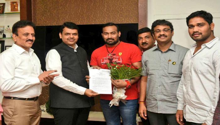 महाराष्ट्र केसरी विजय चौधरींना अखेर सरकारी नोकरी