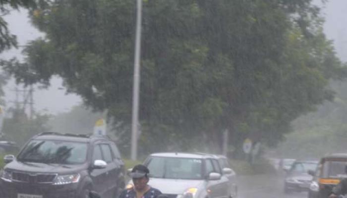 कोकणात सिंधुदुर्गात जोरदार पाऊस, रत्नागिरीत तुरळक