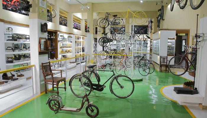 पुण्यात उभारलंय सायकलींचं अनोखं संग्रहालय...
