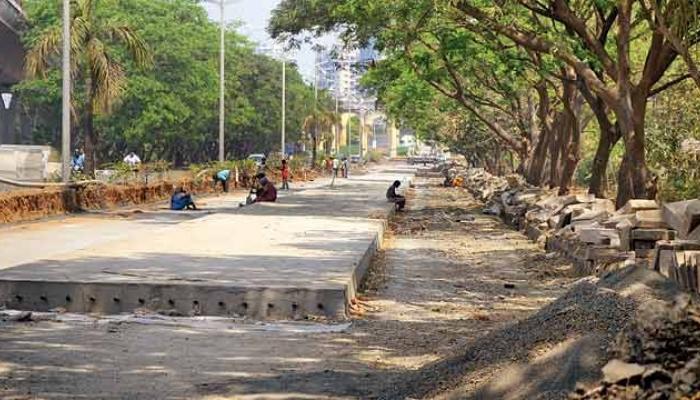 मुंबईच्या अपूर्ण रस्त्यांवरून भाजप-शिवसेना आमनेसामने...