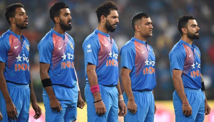 चॅम्पियन्स ट्रॉफी : टीम इंडियात रोहित, अश्विनचे कमबॅक, असा आहे संघ