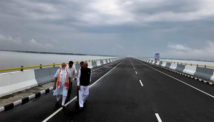 देशातील सर्वात लांब पूल वाहतुकीसाठी खुला