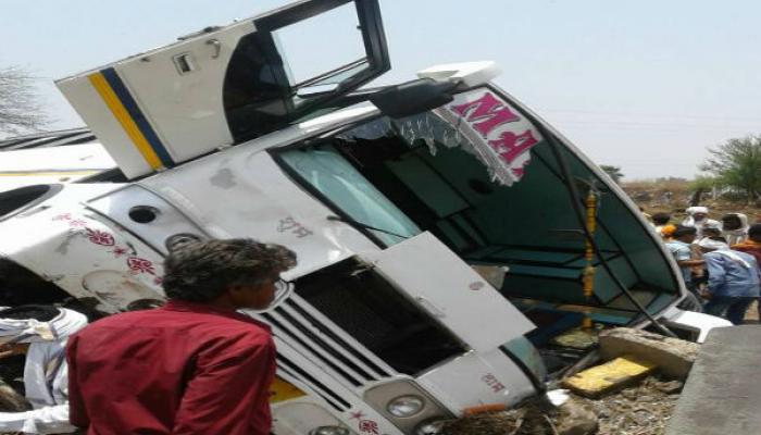 नागपूर-हैद्राबाद महामार्गावर भीषण अपघात, ५ जण ठार