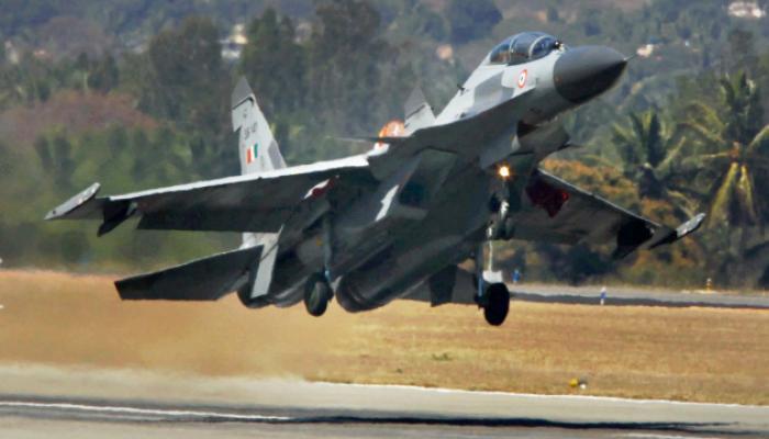 चीनने पाडलं भारतीय हवाई दलाचं विमान ?