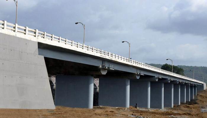 मुंबई - गोवा महामार्गावरील सावित्री नदीवरील पूल सोमवारपासून वाहतुकीला खुला