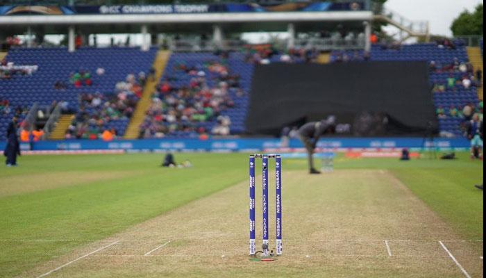 चॅम्पियन्स ट्रॉफी :  न्यूझीलंडचे बांगलादेशसमोर २६६ धावाचे आव्हान