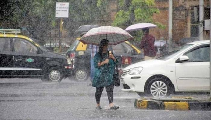 मुंबईत येत्या २४ तासात मुसळधार पावासाचा अंदाज