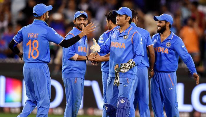 बांग्लादेशविरुद्धच्या मॅचआधी भारतीय संघाचा मैदानात डान्स!