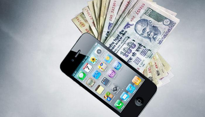 मोबाईल मार्केटमध्ये छापे,  लाखो रुपयांचा माल जप्त