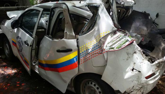 अपघातग्रस्तांना मदत करणाऱ्या पोलिसांच्या गाडीला अपघात