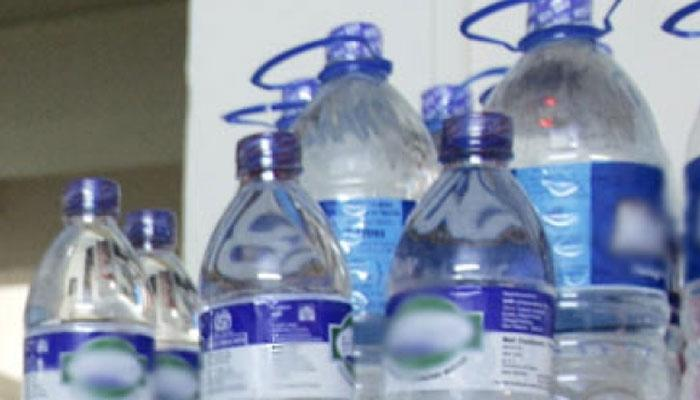 मिनरल वॉटर , शितपेय बाटल्यांचा पुन्हा वापर करता, तर हा धोका?