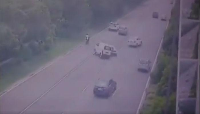नोएडा एक्स्प्रेस वेवर भीषण अपघात, थरार सीसीटीव्हीत कैद