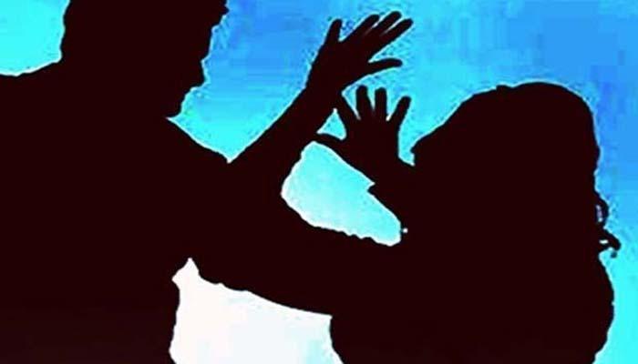 लातूरमध्ये ४५ वर्षीय महिलेवर बलात्कार