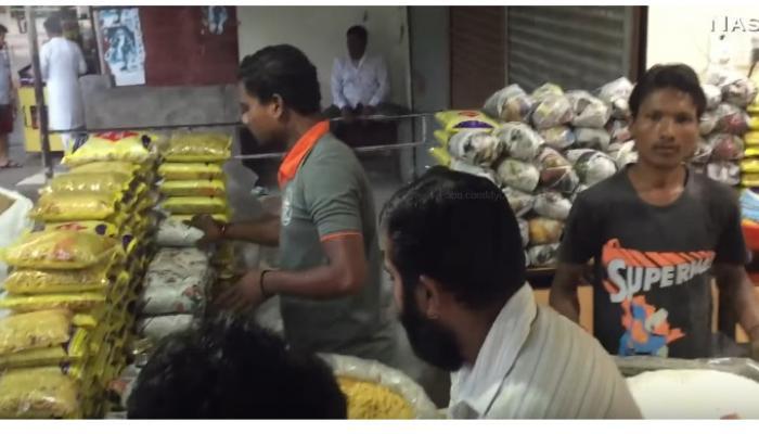 महाराष्ट्राचा आणखी एक आवडता पदार्थ 'भेळभत्ता'