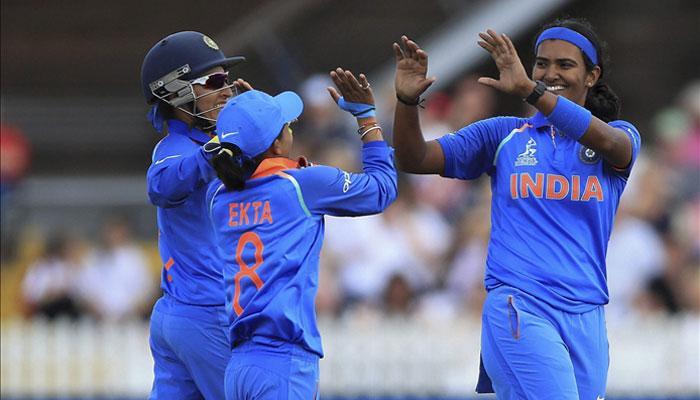 भारतासमोर विजयासाठी २२९ धावांचे आव्हान
