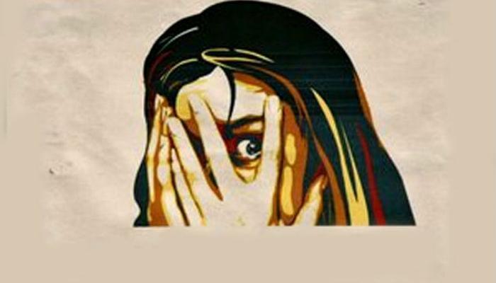 सोशल मीडियाच्या माध्यमातून लैंगिक अत्याचाराच्या घटनांत वाढ