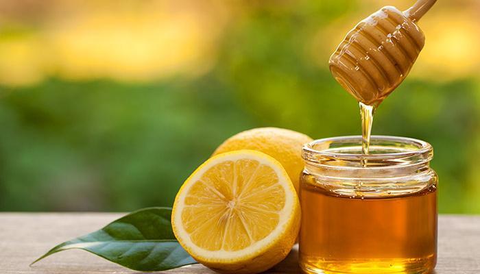 मध गरम करणं त्रासदायक ठरू शकते का ?