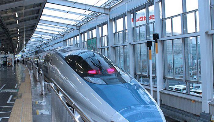 आता हाय स्पीड बुलेट ट्रेनसाठी चीनकडून ऑफर