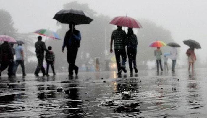 कोल्हापुरात विजांच्या कडकडाटसह मुसळधार पाऊस