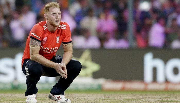 इंग्लंडचा क्रिकेटर बेन स्टोक्सला मोठा झटका