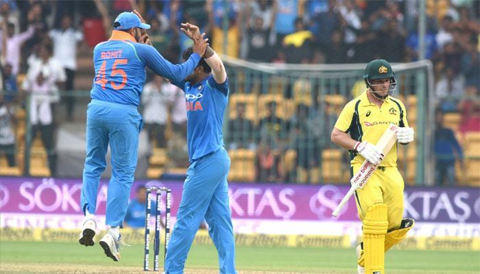 पाचव्या वनडेत भारताचा ऑस्ट्रेलियावर ७ विकेट राखून विजय