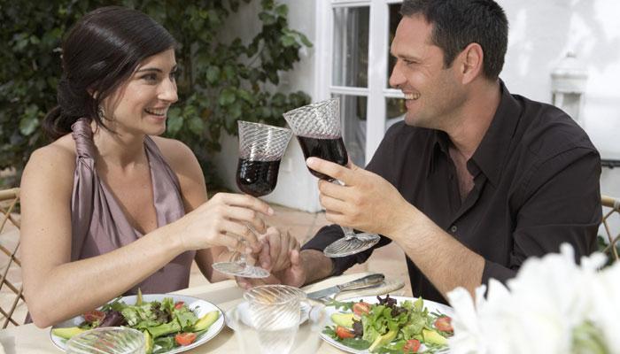पत्नीच्या 'या' गोष्टीने चांगलं राहतं पतीचं हृदय!