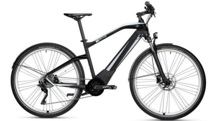 BMW ने लॉन्च केली ई-सायकल, एका चार्जवर चालणार १०० किमी